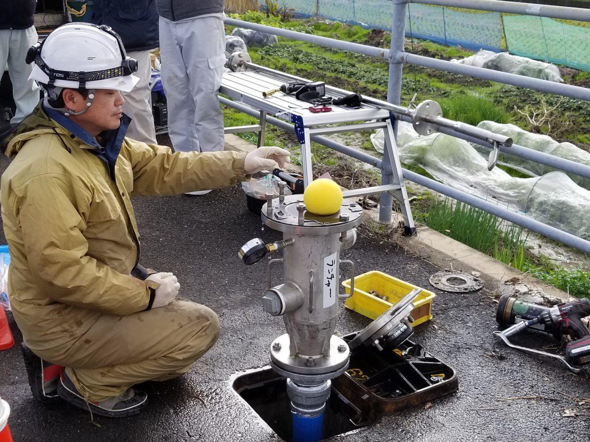 上水道管の特殊洗管(SCOPE工法)を実施致しました