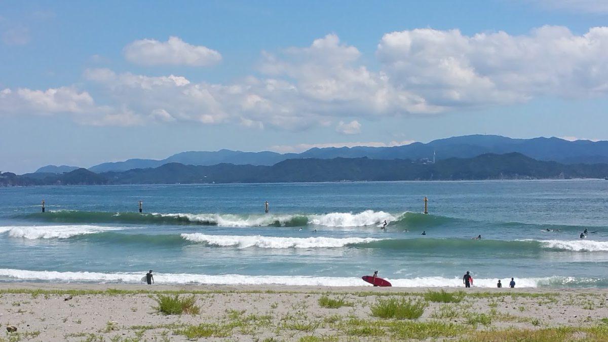 サーフィンの季節がやってきました