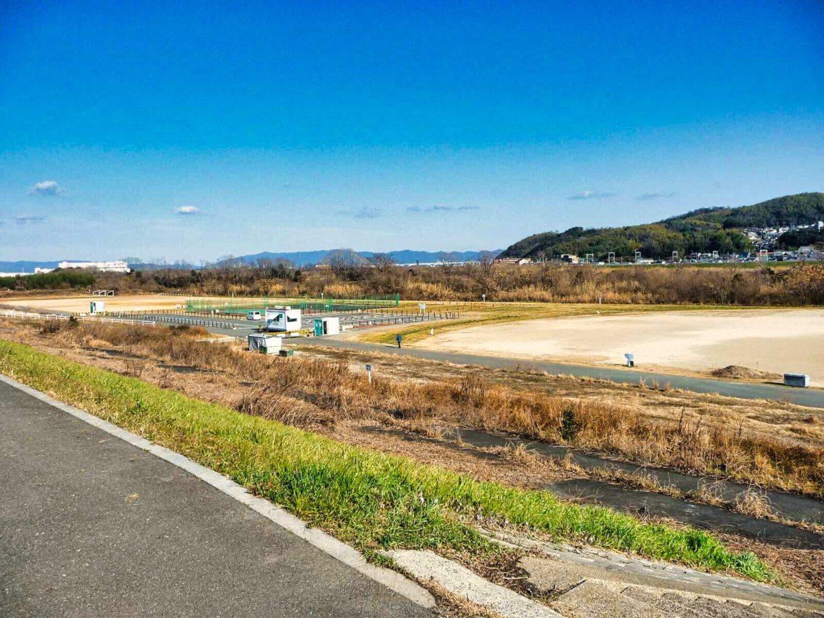 大阪の河川公園にて漏水調査を実施しました